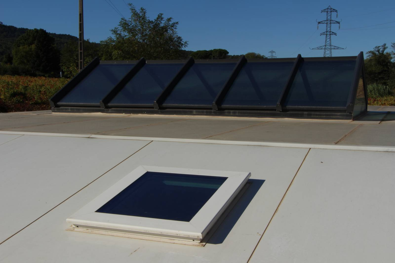 Fournisseur de fenêtre de toit avec capteur de pluie Marseille 13 - FENTOP